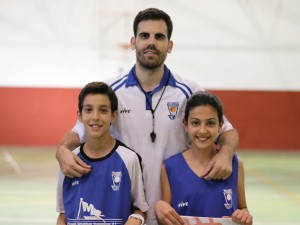 Hafid y Yasmin Tiro y Habilidad Minibasket